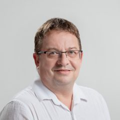 Dr. Fügedi László