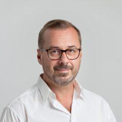 Dr. Szilágyi László